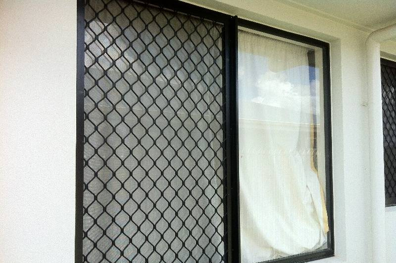 5 Reasons To Choose Window Security Screens For Your Business